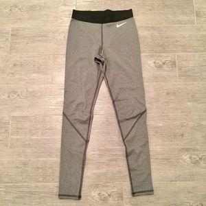 EUC Nike Pro grey legging size XS